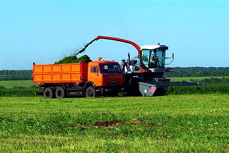 Зерноуборочные комбайны (7). Люфтера (1). Кормоуборочные комбайны (2). Жатки для уборки кукурузы (7)...